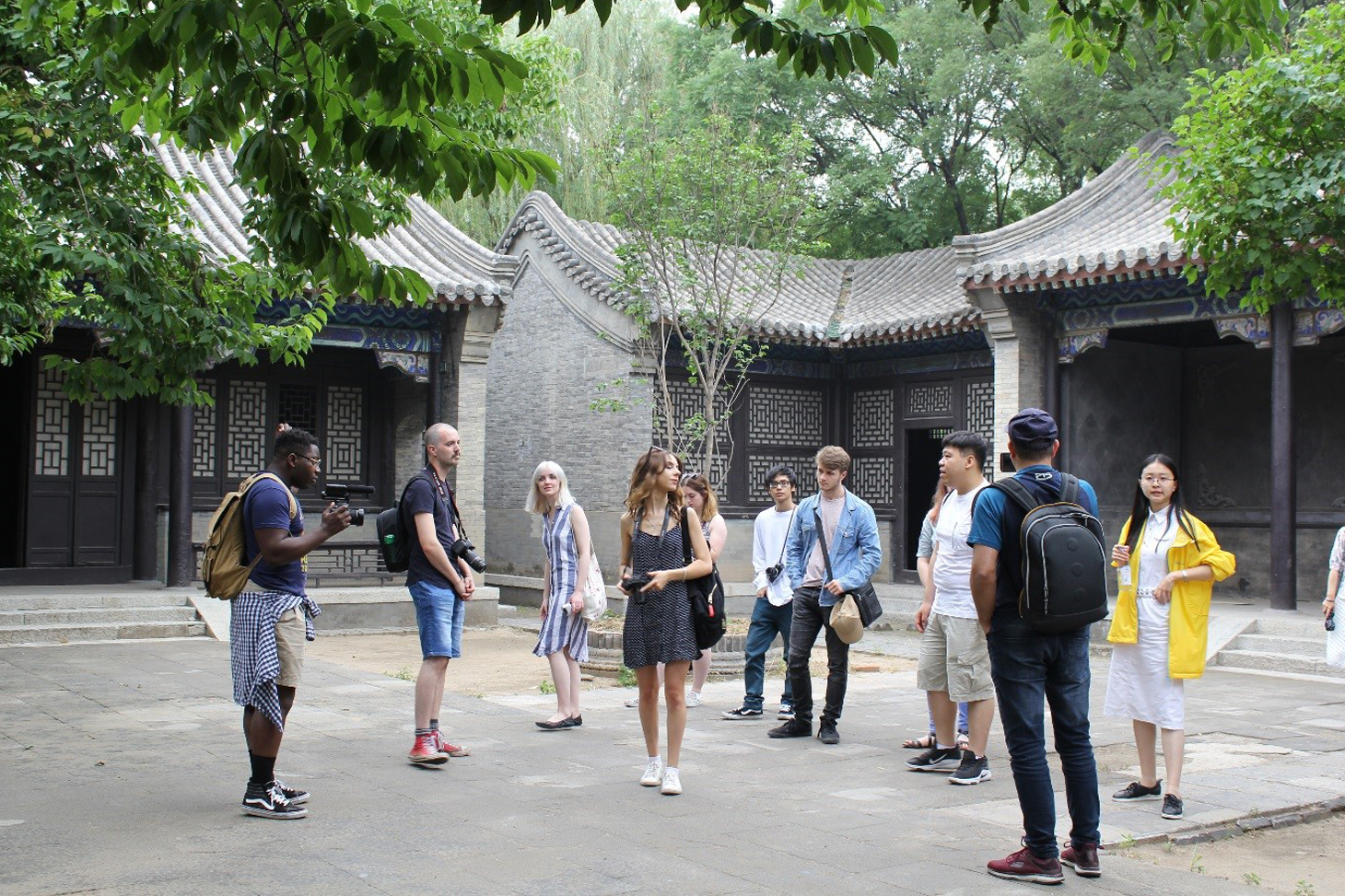 Visiting Xingmei Town (exterior shooting base)